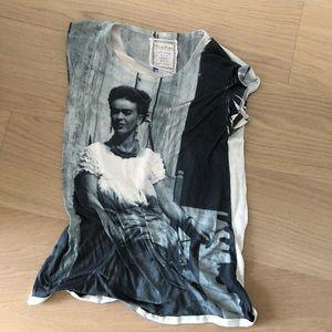 Frida Kahlo T
